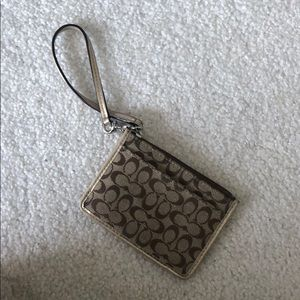 Coach Brand. Wristlet and Card Holder.